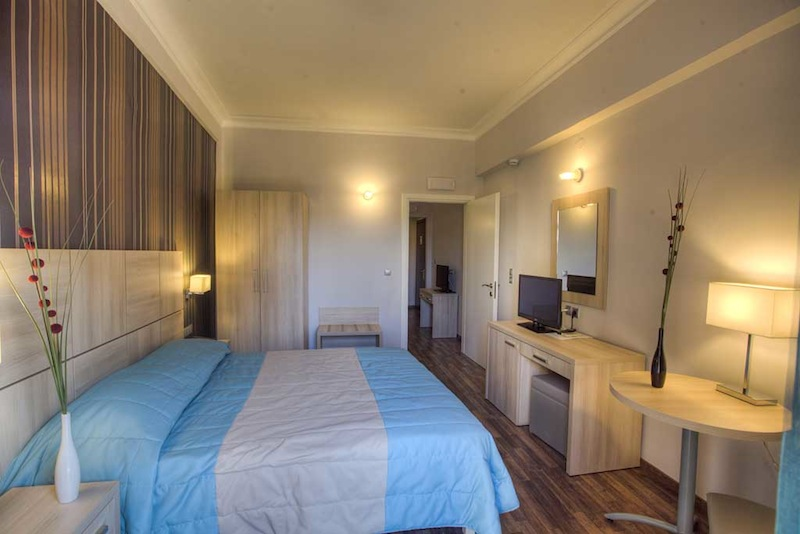 quaddruple-room-corfu-hotel-arion-4
