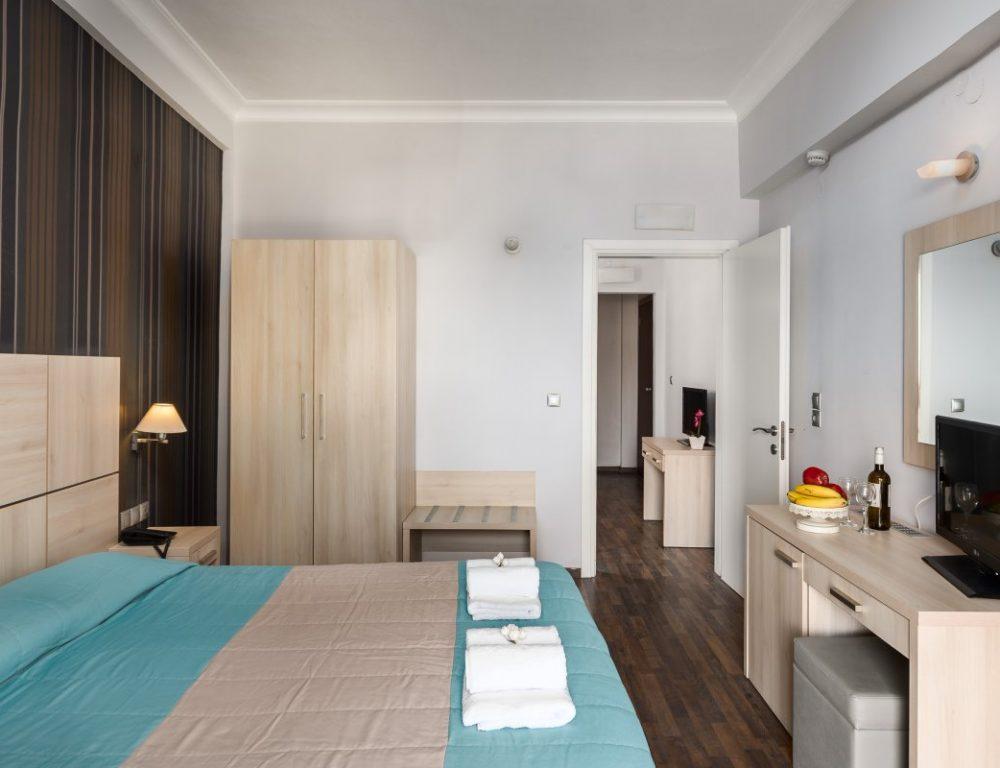 arion-hotel-corfu-quadruple-room-7