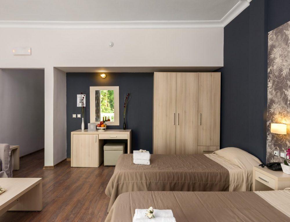quadruple-room-featured